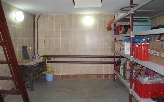Как построить подвал в гараже своими руками